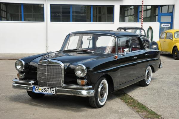 Mercedes Benz Classic Car Club